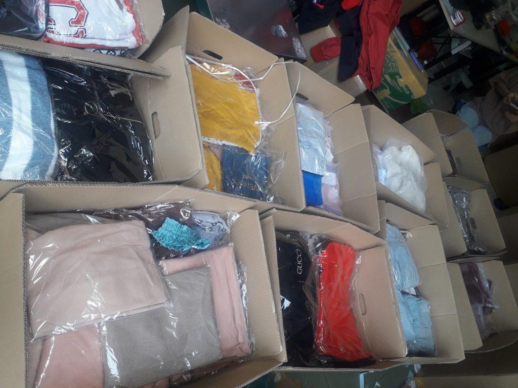 Gửi quần áo đi Trung Quốc (China)